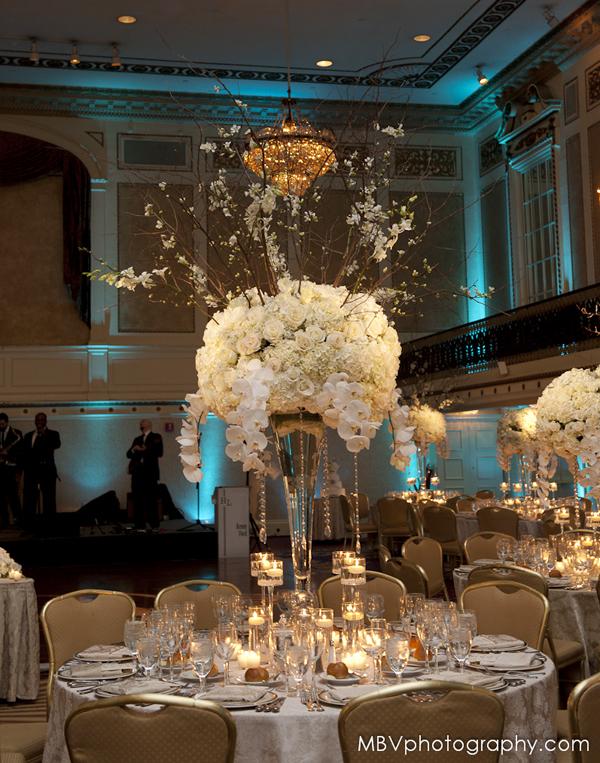 Modern Wedding Centerpiece Design