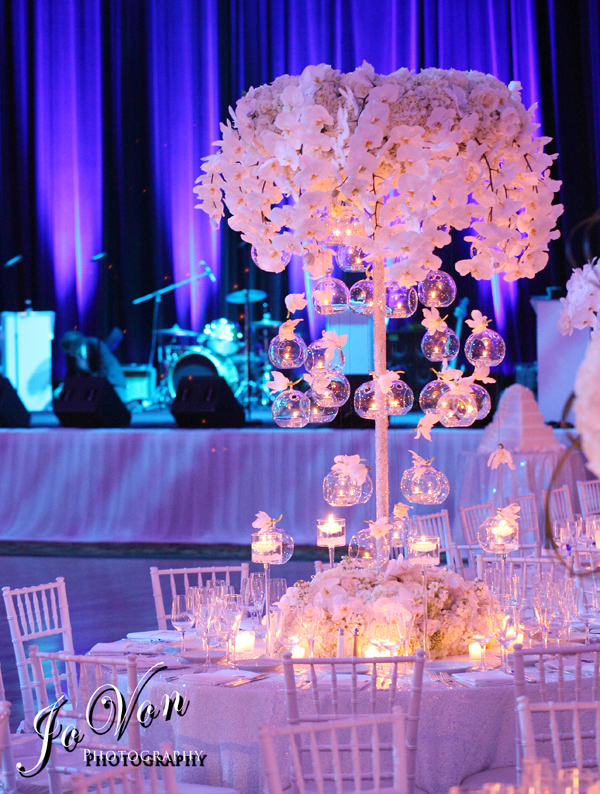 The wedding flower centerpiece design