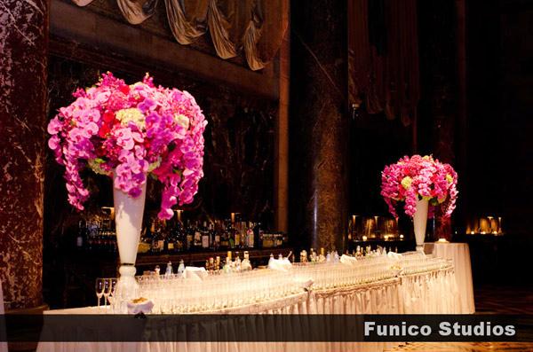 modern wedding flower design