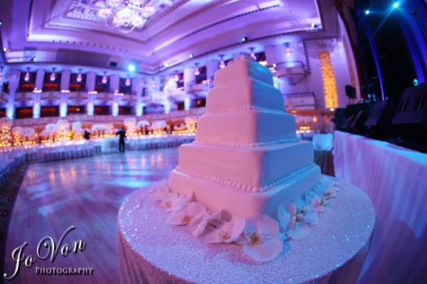 Beautiful Wedding Cake in NYC