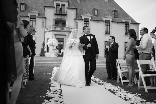 Tantawan Bloom at Oheka Castle Wedding