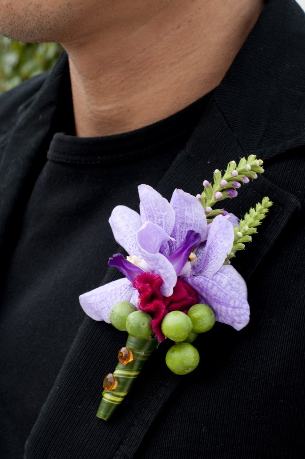 Beautiful Boutonniere Design: Tantawan Bloom