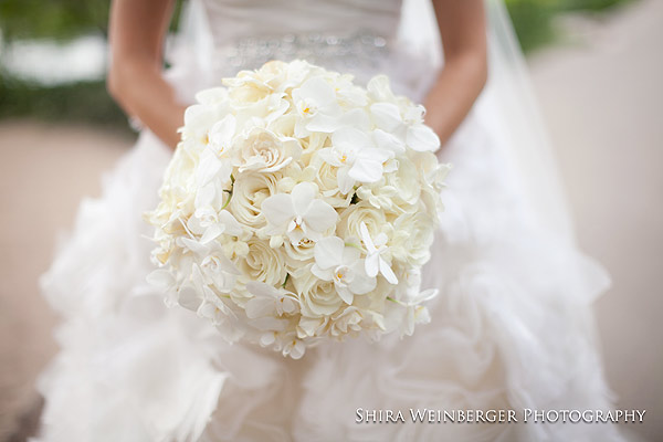 Tantawan Bloom Bride Bouquet Design