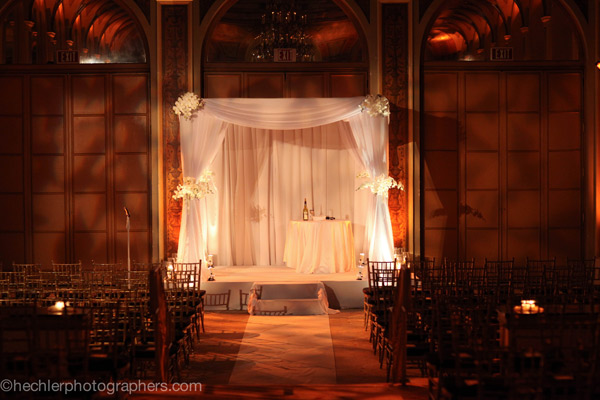 Beautiful-Wedding-Chuppah-Design