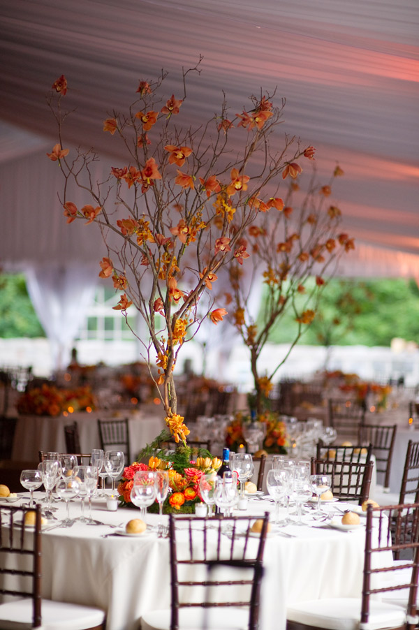 Fall-Theme-Wedding-Design-by-Tantawan-Bloom