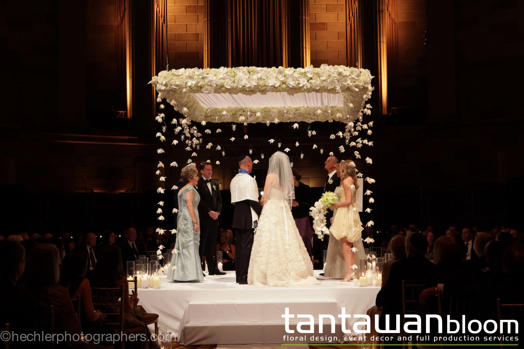 Modern Chuppah Design by Tantawan Bloom