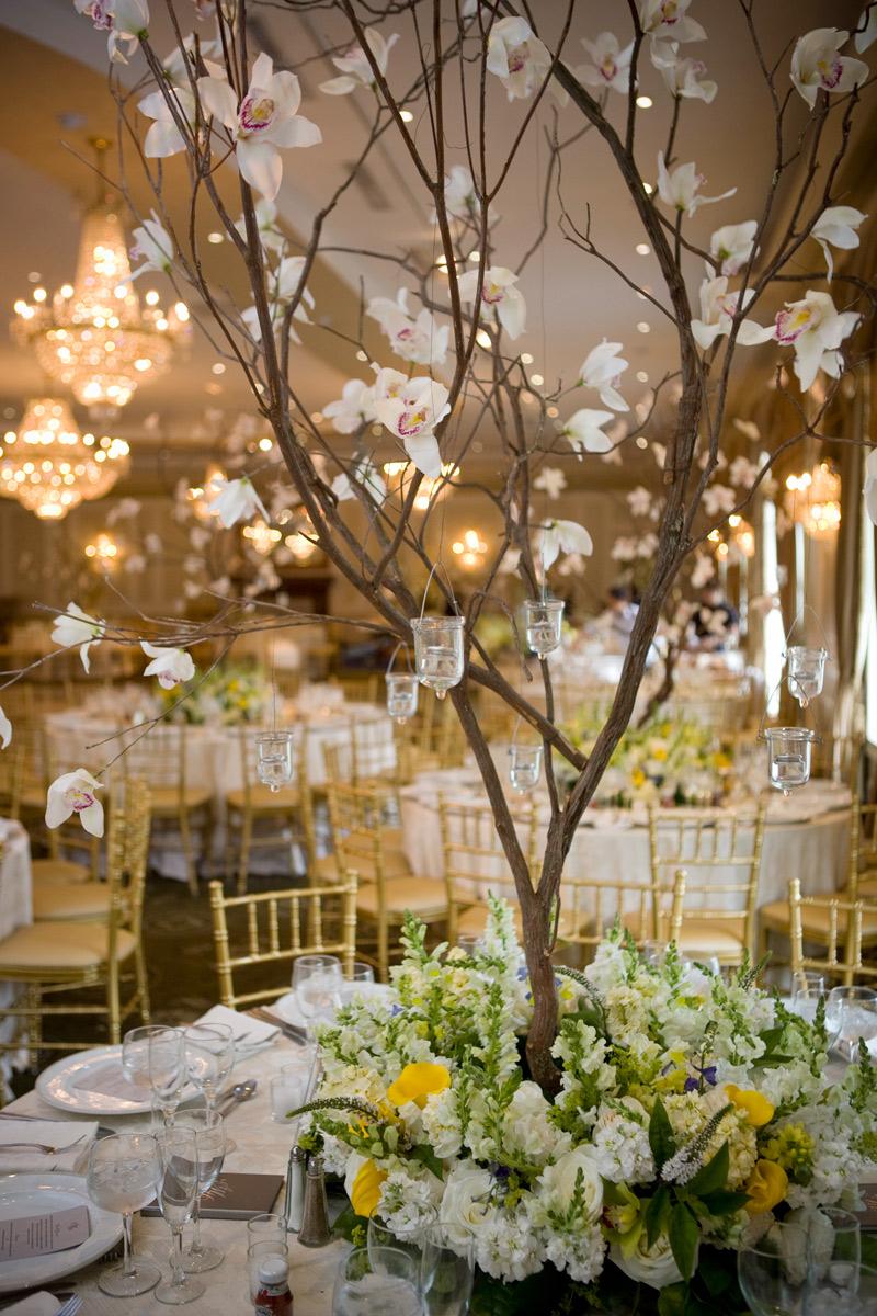 Beautiful tree centerpiece design