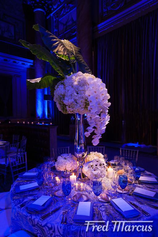Modern Floral Designer in NYC by Tantawan Bloom